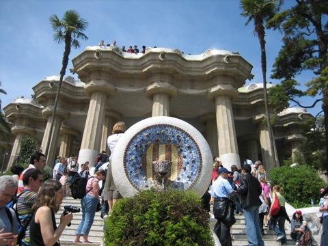 I着物で旅に出掛けよう。キモノバルセロナ グエル公園 パーソナルきものスタイリング 相模原市橋本着付け教室