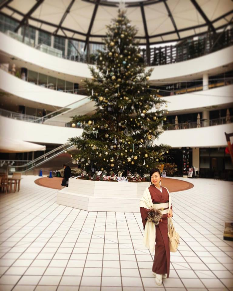 出張着付け横浜 パーソナル着物スタイリング クリスマスツリーと着物
